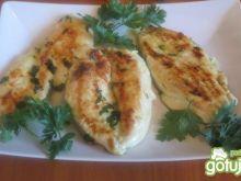 Pierś z kurczaka grillowana z pietruszką