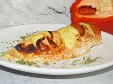 Pierś z kurczaka nadziana salami i serem
