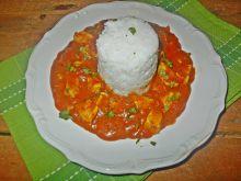 Pierś z kurczaka w pomidorowym sosie curry