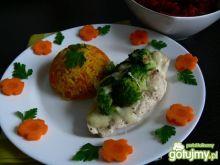 Pierś z kurczaka z brokułem