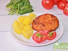 Pierś ze szpinakiem, salami i serem