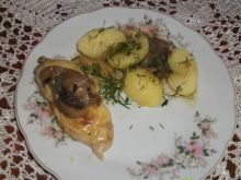 Piersi z kurczaka w pieczarkach