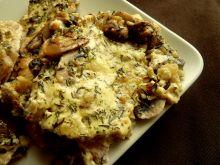 Piersi z kurczaka w sosie cebulowym z tymiankiem