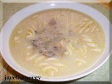 Pikantna zupa boczniakowa z fusilli