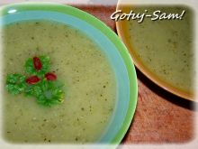 Pikantna zupa cukiniowa