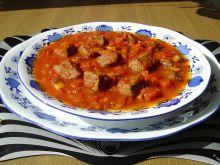 Pikantna zupa gulaszowa z pieczarkami
