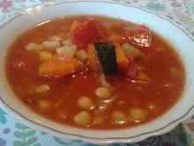 Pikantna zupa z cieciorką