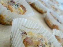 Pikantne muffinki z niespodzianką