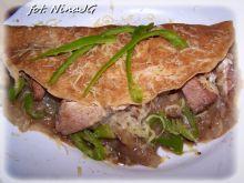 Pikantne naleśniki z kapustą pekińską  i mięsem
