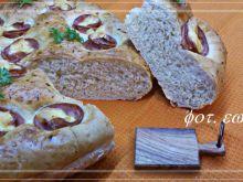 Pikantny chlebek z wędliną i serem