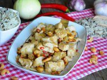 Pikantny kurczak z orzechami nerkowca