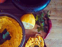 Piżmowy hummus z czarnuszką
