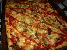 Pizza bogata w dodatki