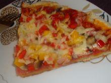 Pizza domowa z drożdżowym spodem