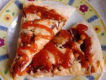 Pizza na cienkim cieście z ciecierzycą