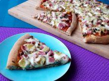 Pizza na razowym cieście