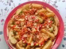 Pizza na tortilli z mrożonymi warzywami