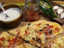 Pizza najlepsza bo domowa