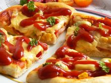 Pizza pełna kolorów