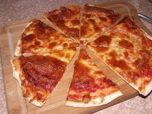 Pizza pomidorowo serowa