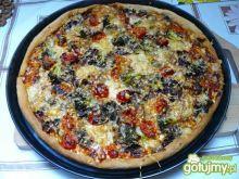 Pizza rodzinna.
