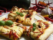 Pizza z cukinią i kurkami