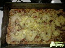 Pizza z kalmarami