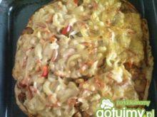 Pizza z kurczakiem.