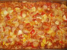 Pizza z parówką