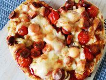 Pizza z parówkami