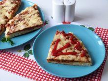 Pizza z patelni z włoską przyprawą