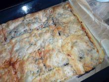 Pizza z pieczarkami na cieście francuskim