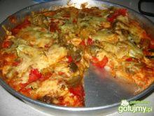 pizza z pieczonym bakłażanem i papryką