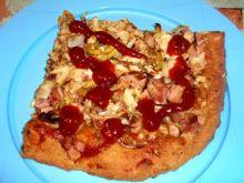 Pizza  z  porem  i szynką