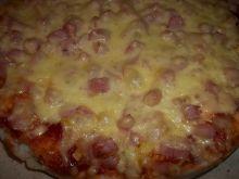 Pizza z serem i porem