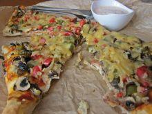Pizza ze smażoną papryką