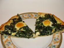 Pizza ze szpinakiem i jajkami przepiórki