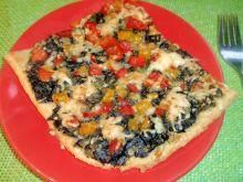 Pizza ze szpinakiem i papryką