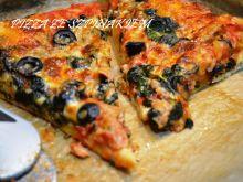 Pizza ze szpinakiem i tuńczykiem