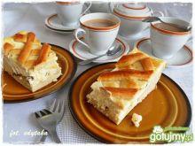Placek drożdżowy z serem pod krateczką