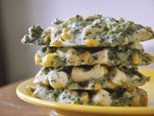 Placki brokułowo-kurczakowe