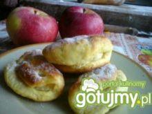 Placuszki drożdżowe z jabłkami