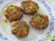 Placuszki warzywne z kukurydzą