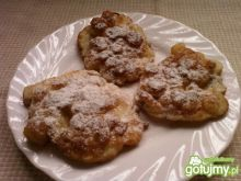 Placuszki z jabłkami i rodzynkami