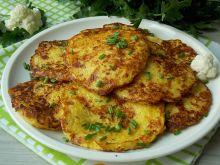Placuszki z kalafiora i sera żółtego