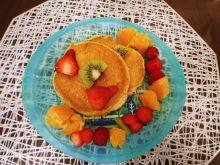 Placuszki z kaszy manny z owocami