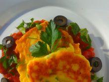 Placuszki z ricotty z sosem ze świeżych pomidorów