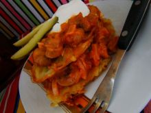 Placuszki ziemniaczane z pieczarkami w pomidorach