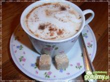 Pobudzająca kawa z prądem