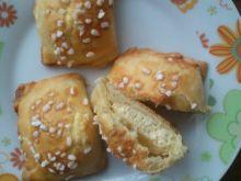 Poduchy drożdżowe z serem